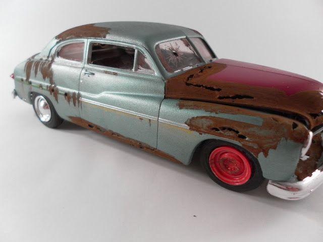 Miniaturas de carros enferrujados - Assuntos Criativos