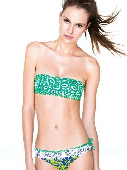 dalla collezione di costumi da bagno benetton e di beachwear per lestate 2013