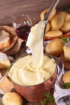 fondue cu cartofi