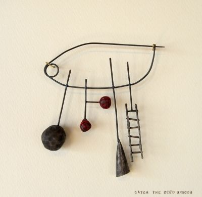 Liisa Hashimoto  Catch the Seed Brooch ] 2012  material: silver, acrylic paint, nickel silver