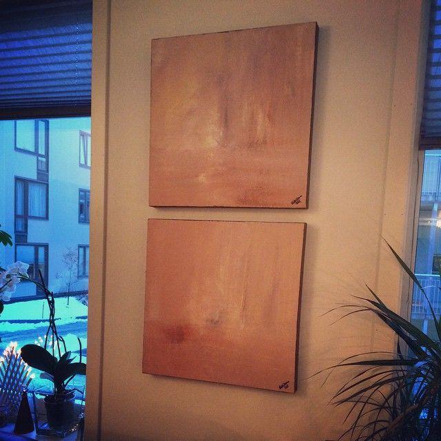 Hos stua hos svigermor henger dette paret - koselig å se de igjen  Fortsatt god jul! #acryl  #painting #acrylic #akrylmaling #kunst #maleri #malerier #artwork #paint #sold