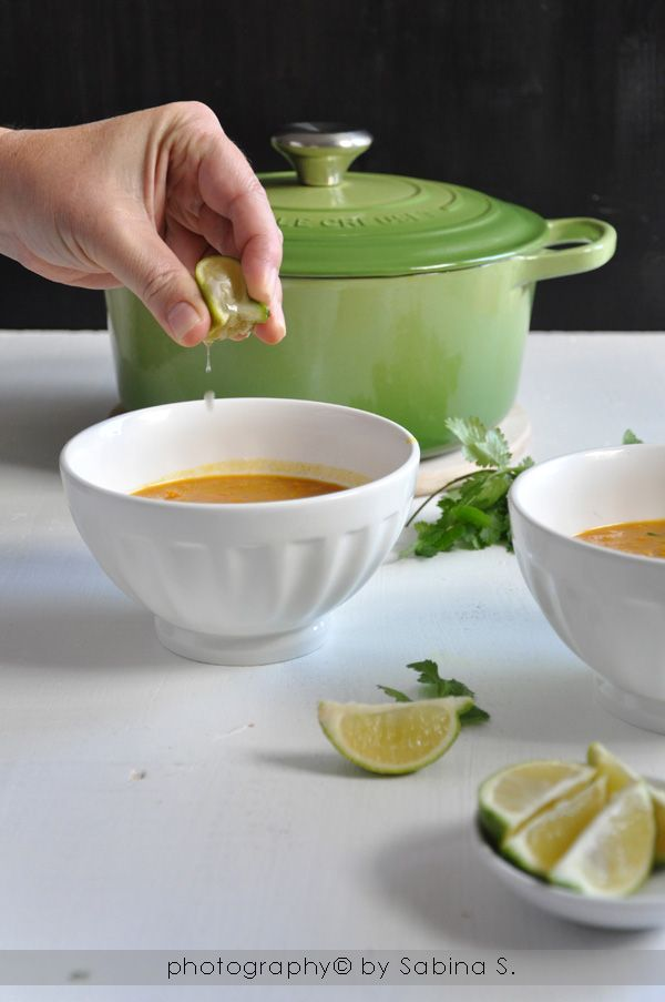 Due bionde in cucina: Zuppa di lenticchie rosse con latte di cocco e lime