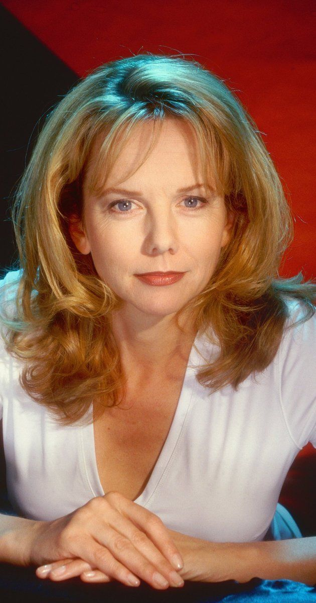 Linda Purl a dependable actress who got her start on TV in the 1970's guest starring on shows like Happy Days and Love American Style, later moving onto starring roles on shows like Matlock and TV Movies and was also briefly married to Desi Arnaz jr in 1980, although she still works on TV and theatre you rarely hear about this awesome talent and she keeps a low profile-And There's Nothing wrong with that.