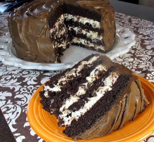 TutiReceptek és hasznos cikkek oldala: Csokoládékrémes, mascarponés szelet, ez a süti egyszerűen varázslatos! Fincsi és különleges!