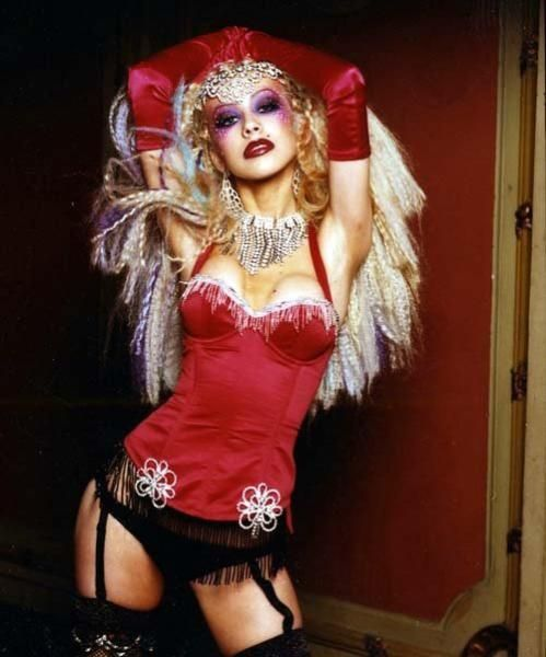Burlesque Costume Tutorials - Stitch Rippers - Tearing up Style - DIY Fashion