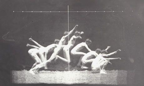Estudio de movimiento de Thomas Eakins, desnudo masculino, salto de pie a la derecha de 1885.