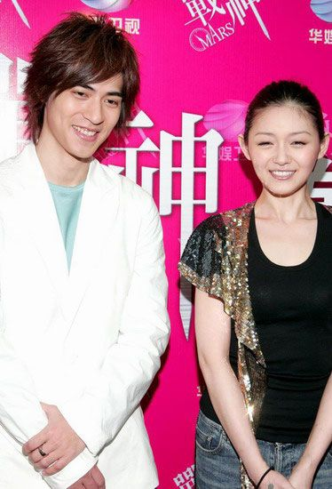 Vic Zhou Pic 0001 (374×550)