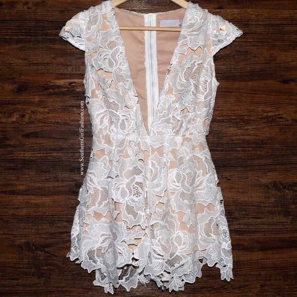 SOUTHERN GIRL FASHION $68 Floral Romper Plunging V Neck Embroidered Jumpsuit NWT #Boutique #Romper