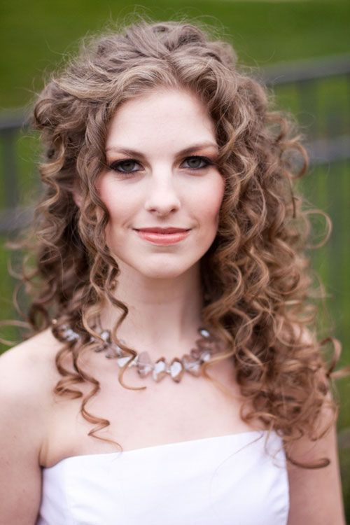 Astonishing 1000 Ideas About Wedding Hairstyles For Curly Hair On Pinterest Hairstyles For Men Maxibearus