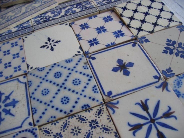 17 best images about tiles on pinterest iran blue tiles and taisho era - Carreaux de ceramique mural ...
