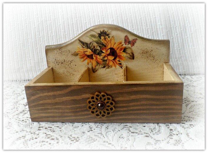 Vintage style open wooden tea box , storage box , sunflowers box , decoupage tea box by CarmenHandCrafts on Etsy https://www.etsy.com/listing/217789943/vintage-style-open-wooden-tea-box