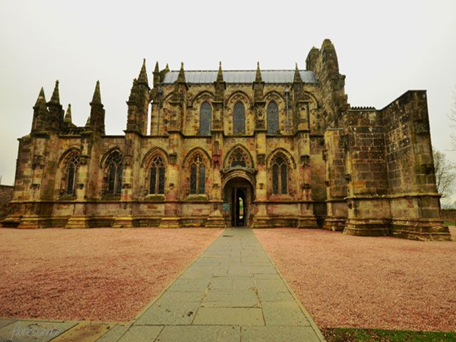 Roslyn Chapel, Scotland (c) Floresence