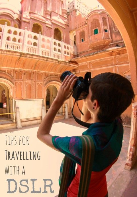 How to safely carry your DSLR while travelling - in a discreet camera bag that doesn't look like a camera bag. DIY secret camera bag.