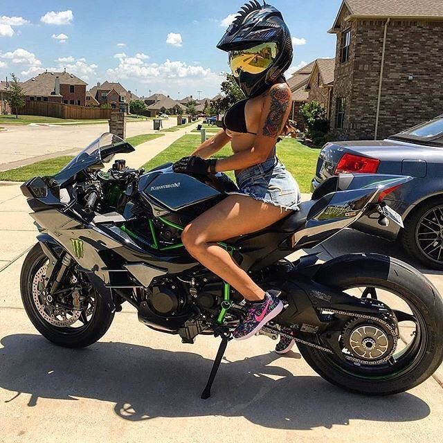Follow us if you love Motorcycles! @drive.motorcycle // driveslate.com --------------------------------------------------- #motorcycle #motorbike #motor #motorcycles #bike #bikes #bikelife #ride #rideordie #ducati #yamaha #honda #sportbike #biker #instabike #suzuki #streetbike #kawasaki #bikersofinstagram #bikeporn #moto #ktm #twowheels #bikeswithoutlimits #sportbikelife #bmw #instamoto #motogp #vroom #instamotogallery