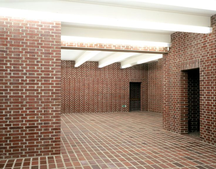 Bearth deplazes the all brick gallery of contemporary for All brick