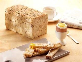 Tahıllı Tost Ekmeği ile fark yaratabilirsiniz... Tek yapmanız gereken normal ekmek hamurunuzun içine Sapore Softgrain Multigrain eklemek...  #ekmek #tahıl #tost #sapore #puratos