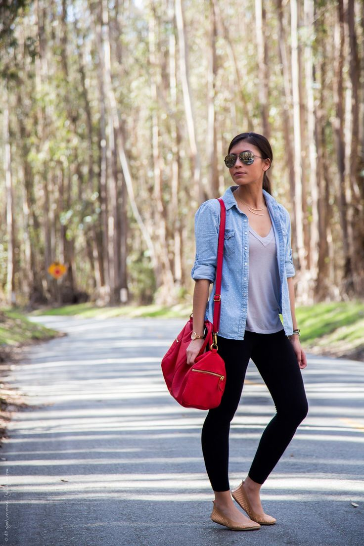 Stay comfy and cute on the road with these 6 stylish road trip outfits!