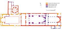 Efes Konsül Kilisesi 260 m uzunluğunda antik dönemde kullanılmış bir tapınaktır. İlk konsül 431- 438 arasında burada toplanmıştır. 5.yyda iki kısa kenarı apsisli yapı üzerinde inşa edilmiştir. 6.yyın 2. yarısında deprem sonrası orta bölümüne kubbeli bir kilise yapılmıştır. Ortada yıkılan bölümden ikiye bölüp batısına avlu, doğusuna bazilika yapılmıştır.