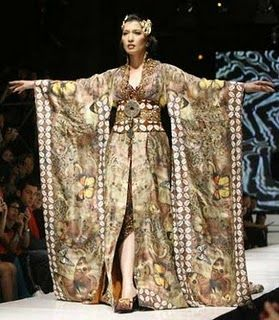 Indonesia Have: Batik Fashion