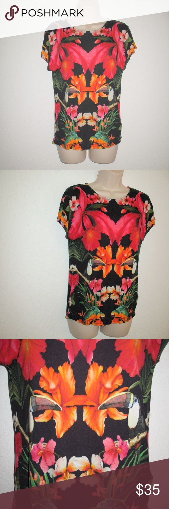 "Ted Baker Hozly Tropical Toucan T-Shirt Top-XS Ted Baker Hozly Tropical Toucan T-Shirt Top-XS  *Very good condition.  Details: Ted Baker Size: XS (1) Color: Black/Multi 100% Viscose  Measurements: Length: 23"" Bust: 35"" Waist: 32"" Ted Baker London Tops Tees - Short Sleeve"