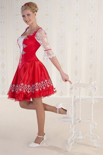 Piros magyaros menyecske ruha