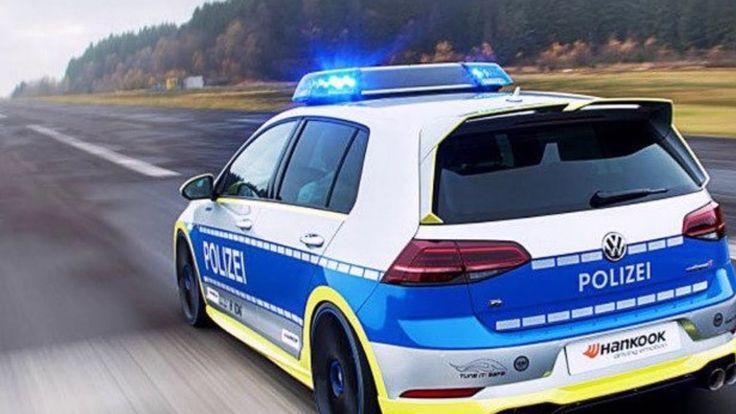 German police Volkswagen Golf 400R Oettinger