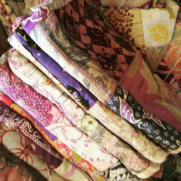 Bunte Patchworksarongs aus gebrauchten Sarongs, Vintage