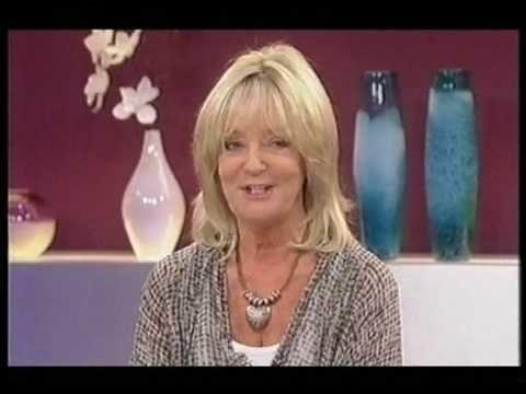 Crossroads Susan Hanson on Loose Women ( 45th Annivsersary Box Set) - YouTube