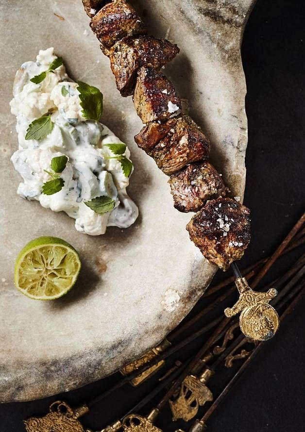 Kreikkalainen varras saa mahtavan maun grillissä.