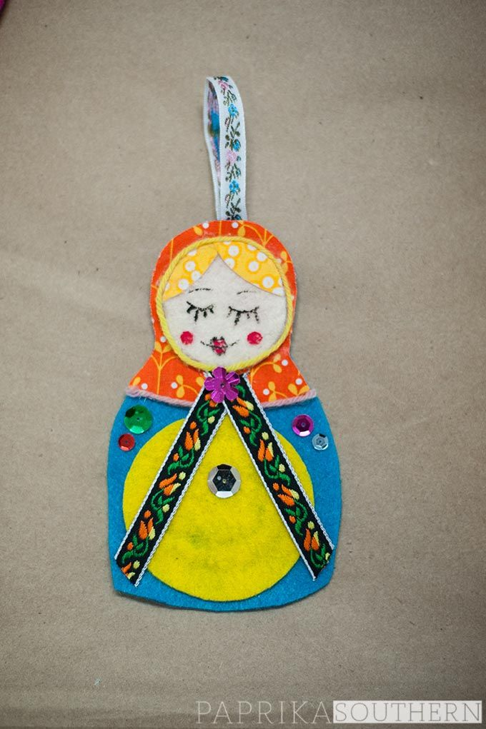 Holiday #craft: making a Russian doll ornament; perfect for kids!