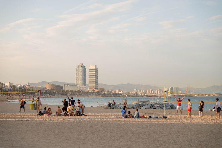 Traveler Nick: Barcelona beach view