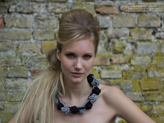 """Silk/cotton necklace with knots    """"By it on my website ;o)"""""""