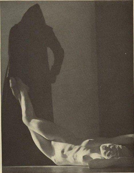 """Уильям Мортенсен """"Смерть Гипатии"""" 1930"""