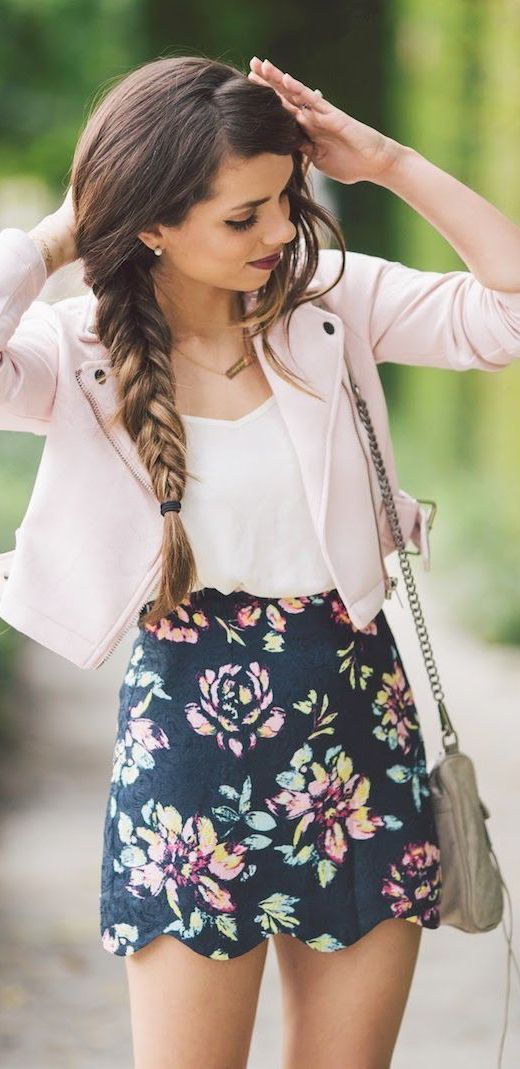 21 Stylish Ways to Wear Pink This Summer: #16. Baby Pink Jacket Outfit