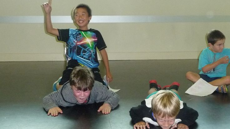 Youth Theatre ages 8 - 10. Commitment to the scene and teamwork is everything