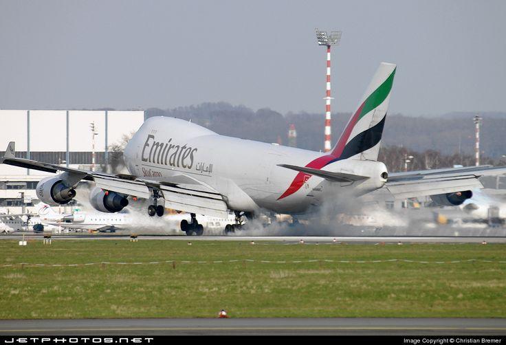 Boeing 747-47UF(SCD) N498MC 29259 Düsseldorf Rhein-Ruhr Int'l Airport - EDDL #amazing #fly #plane #boeing #emirates #emirates #boeing #airbus #fly #aviation