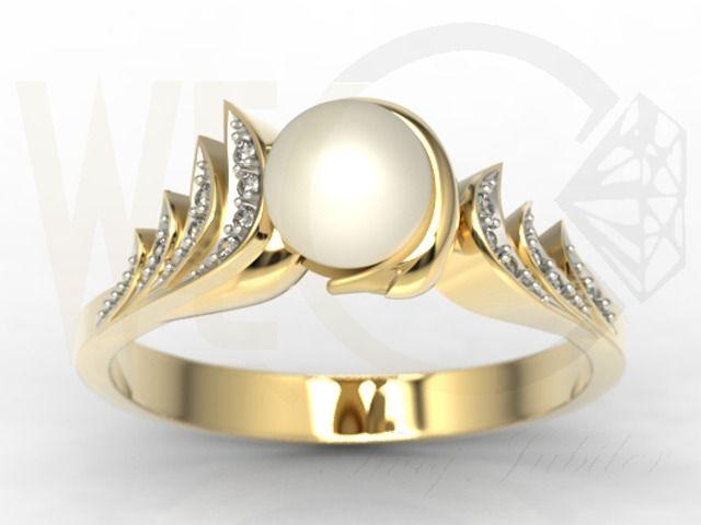 Pierścionek z żółtego złota z perłą i diamentami/ Ring made from yellow gold with pearl and diamonds/ 1 692 PLN #engagement #ring #weddingtime #gold