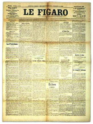 O futurismo foi lançado quando Filippo Marinetti publicou no jornal parisiense Le Figaro O Manifesto do Futurismo, em 20 de Fevereiro de 1909. O manifesto expressava o entusiasmo pela a guerra, a era da  máquina, a velocidade e  a vida moderna.