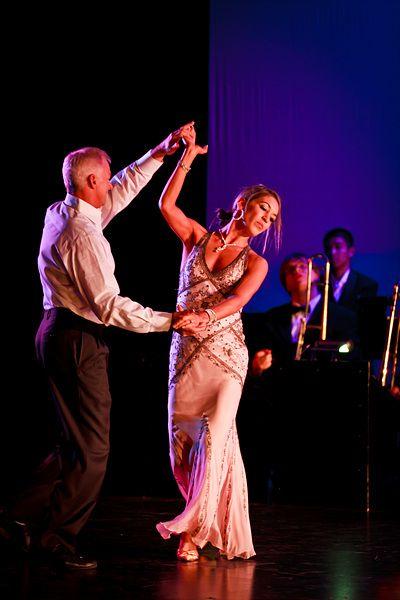 Brad & Andrea Bradshaw dancing a Viennese Waltz