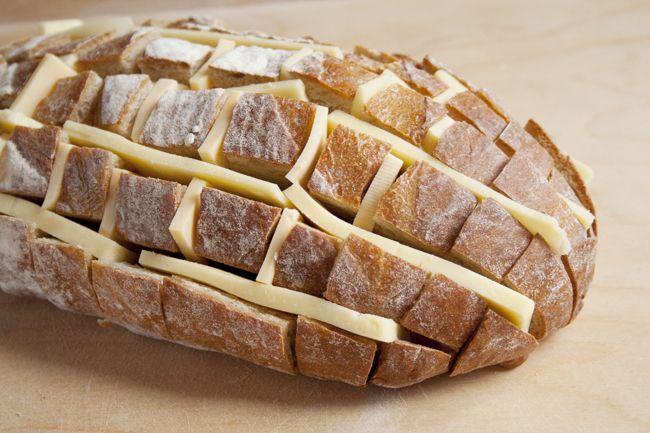 cheesy-pull-apart-bread-3