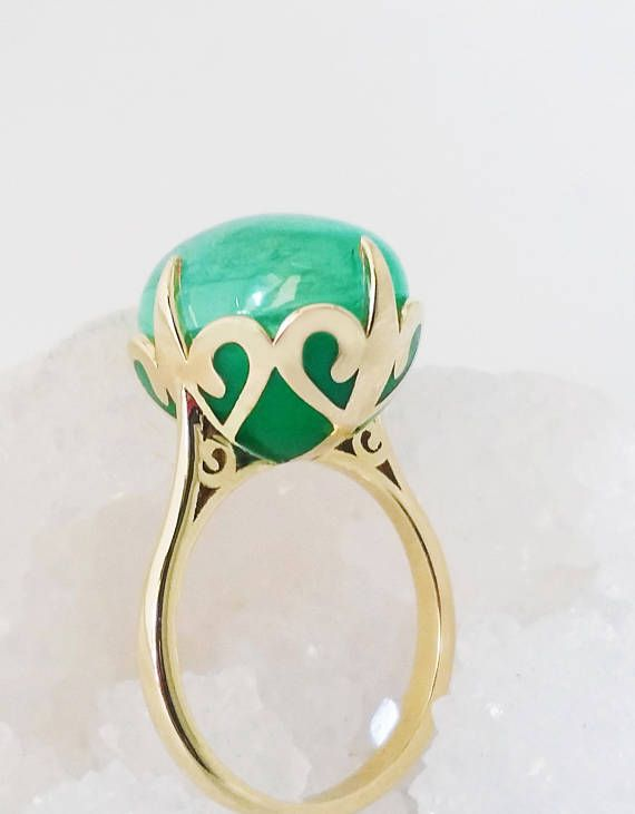 Emerald ring, Unique engagement ring, 18K Solid Yellow Gold  ring, Vintage gemstone ring, Enamel ring, Oval, Wedding ring, May birthstone