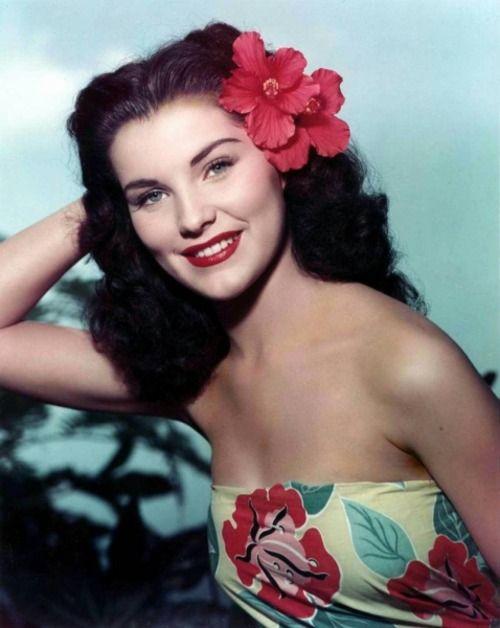 A gorgeous colour photo of actress Debra Paget wearing tropical garb. #vintage #actresses #fashion