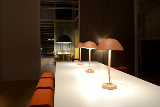 On the occasion of Milan Design Week, the Swedish company Kinnarps and Luca Nichetto, focus their self on the office space. Their purpose is creating an atmosphere able to inspire and stimulate creativity. The walls division plays a leading role; its movement modifies the space continuously and create several cosy settings. Gentle is the usage of colour – present in all the areas – aiming to rekindle and heat the office space.
