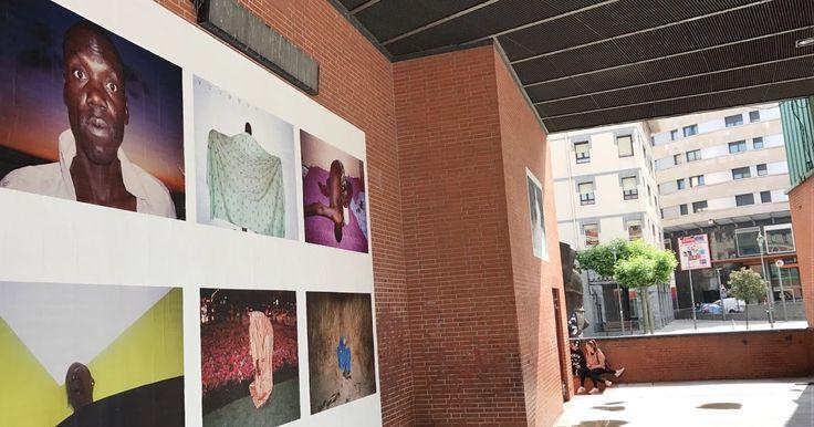 El centro de Barakaldo y el camino de El Regato muestran al aire libre la obra de 11 fotógrafas