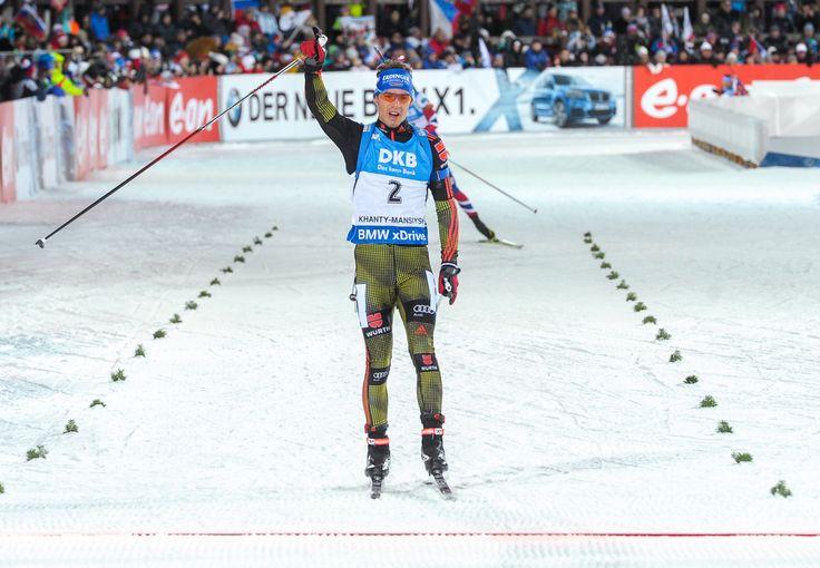 Simon Schempp erringt fünften Saisonsieg – Erik Lesser wird dritter »…