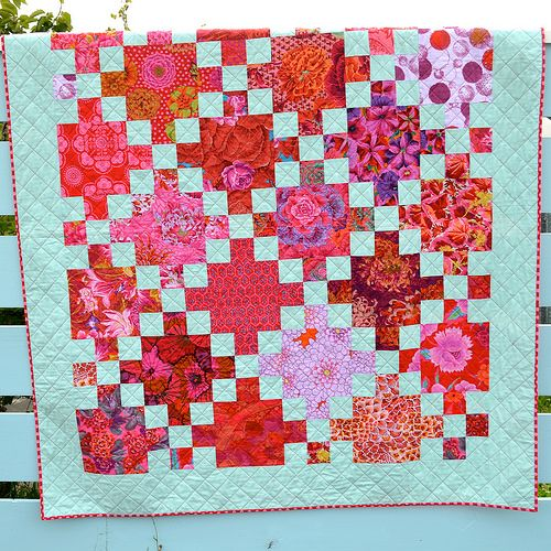 1000+ ideas about Irish Chain Quilt on Pinterest Quilting, Quilt patterns and White quilts