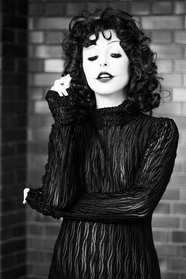 olga black singles B, olga karlatos, sensazioni, g osborne, g gionchetta, rate  next on label  santana - black magic woman / hope you're feeling better - cbs - italy (1970.
