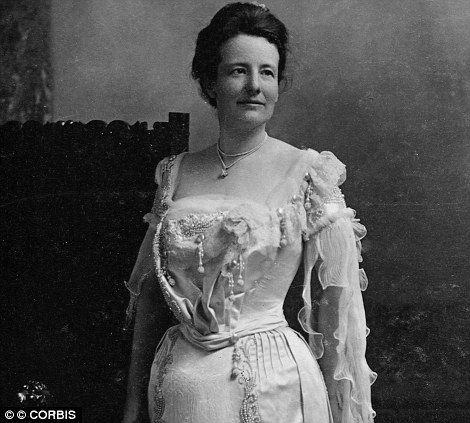 America's First Ladies: Edith Roosevelt: The second wife of Theodore Roosevelt, she remodeled the White House at a cost of $ 475,000