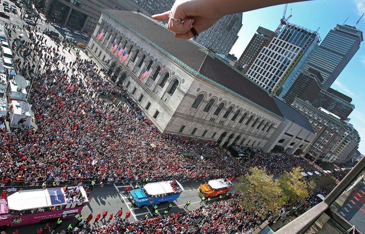 More than a million fans line the streets for a Rolling