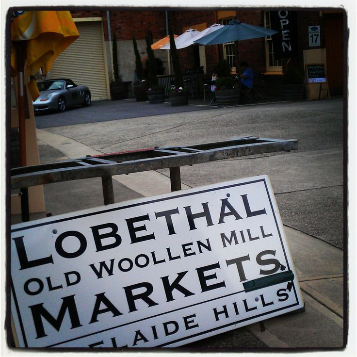 Checking out the #Lobethal Markets and #Christmas Lights #australia #southaustralia #adelaide #gadelaide #safood #foodsa
